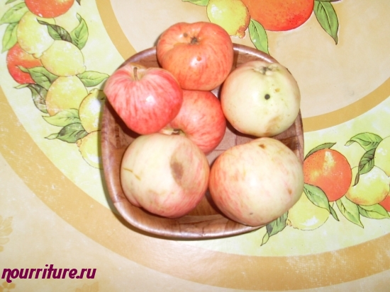 Сливки с яблочным муссом