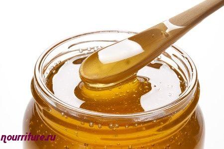 Свежий лук с мёдом (при гипертрофии предстательной железы)