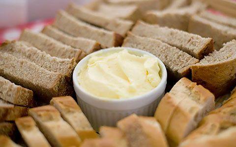 Масло с готовым тёртым хреном (для бутербродов)