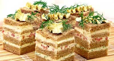 Особенности приготовления небольших полосатых бутербродов