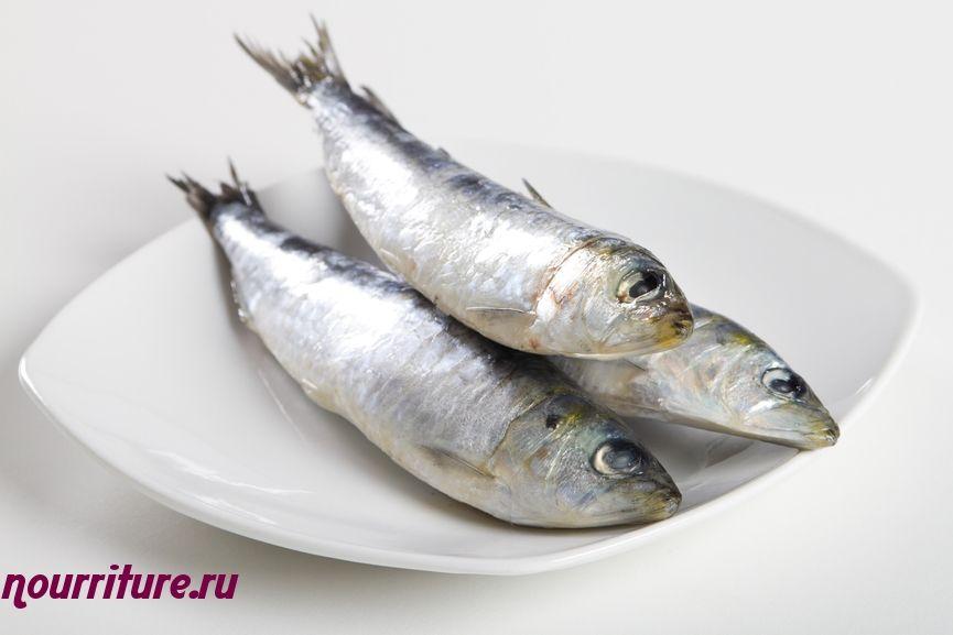 Сардины, тушённые с овощами