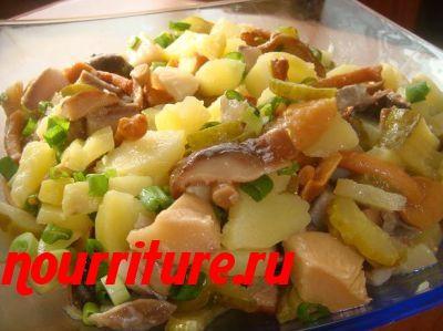 Салат из селедки с шампиньонов