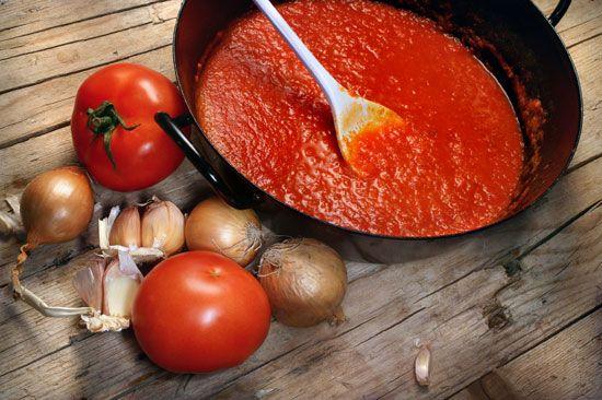 Соус томатный к рыбе (с белым вином)