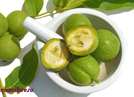 Отвар листьев или околоплодников грецкого ореха для окрашивания волос