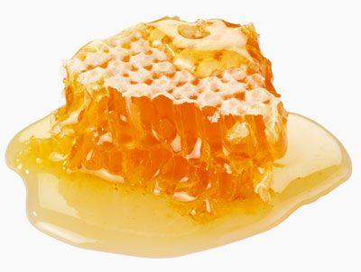 Медовая смесь из зелёных грецких орехов при анемии