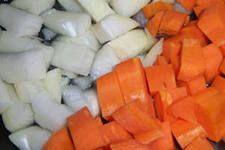 Морковь в сметане