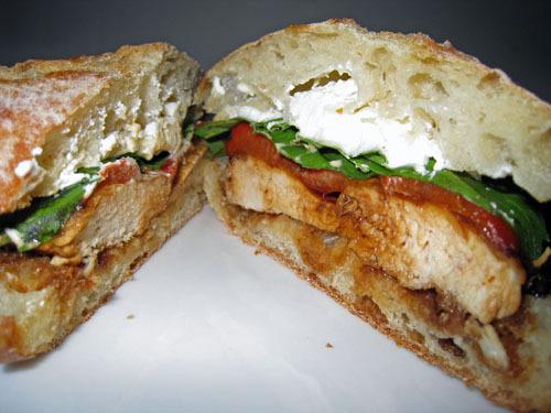Бутерброды с жареной рыбой