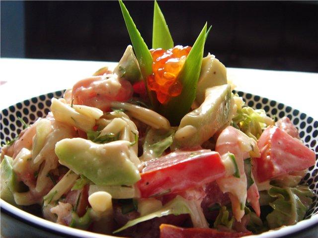 Салат из осетрины, белуги, севрюги, судака или лососины с помидорами