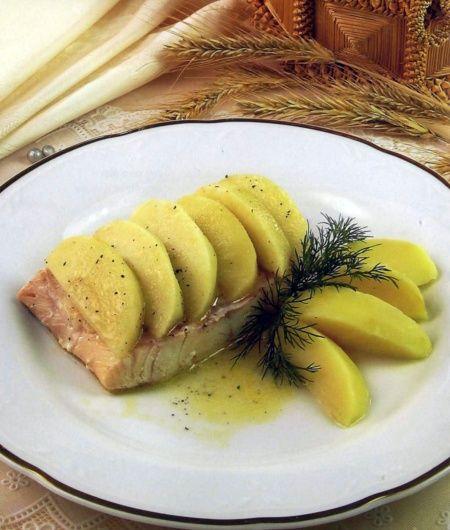 Рыбное филе с яблоком
