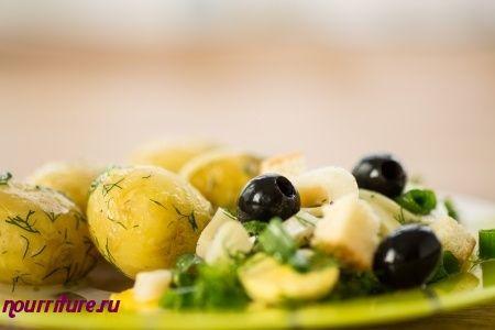 Овощной салат со шпротами
