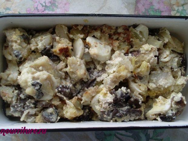 Минтай с грибами (белыми, подберёзовиками, подосиновиками)