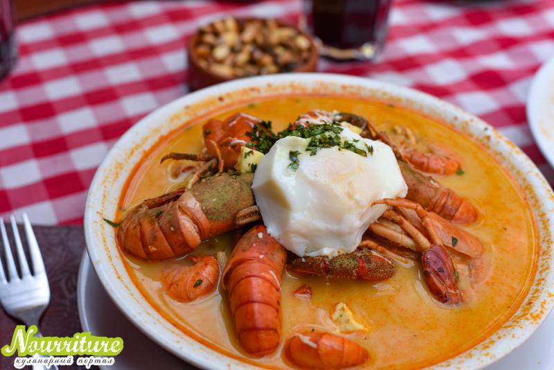 Перуанский суп (чупе де камаронес)