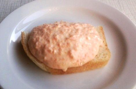 Бутерброды с морковным пюре и сливками