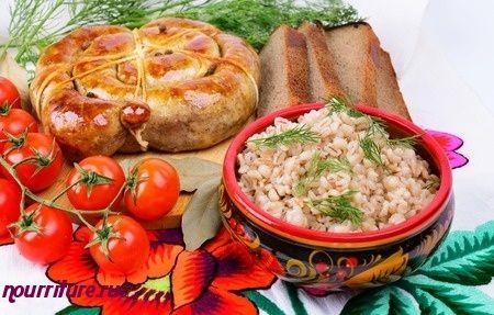 Душенина (тушёная свинина с ячневой крупой, фасолью и овощами)