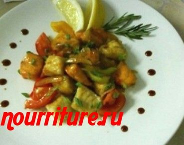 Салат из судака с соевым соусом