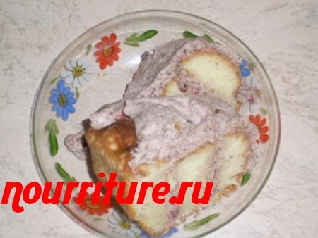 Торт клюквенно-сметанный с шоколадом