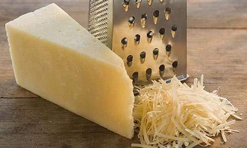 Масса из сыра, яблок и хрена (для бутербродов)