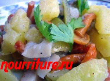 Салат из сельди с маринованными грибами