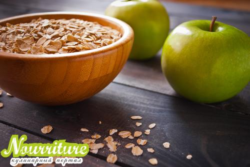 Фаршированные печёные яблоки с орехами и черникой