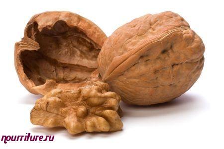 Бутерброды с пюре из грецких орехов