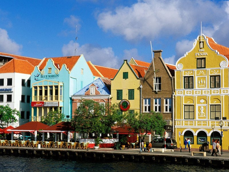 07-curacao-willemstad-caribbean-david-sanger-photography-alamy.jpg