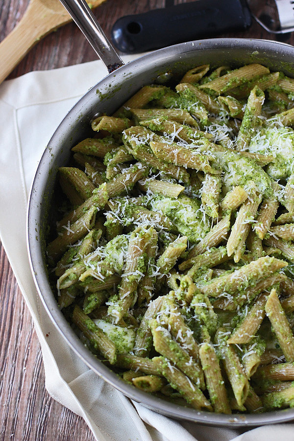Cheesy-Baked-Penne-Broccoli-Pesto.jpg