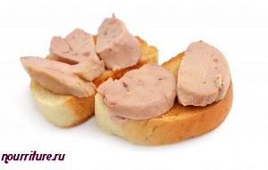 Салат с печенью трески и солеными огурцами рецепт