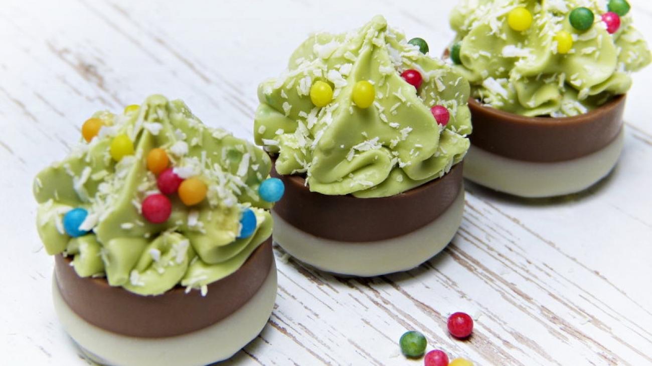 chocolates-5794759_900