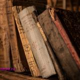 old-books-436498_900